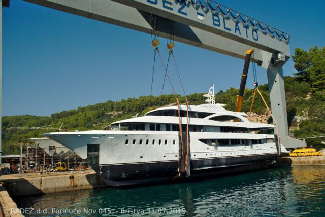 Porinuće broda za nautički turizam